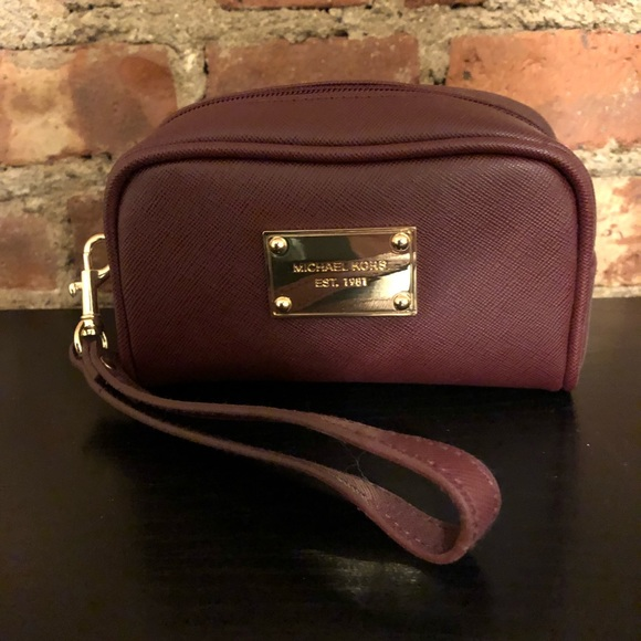 Michael Kors Handbags - Michael Kors zip makeup bag